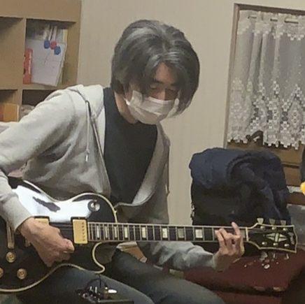 タニシ先生